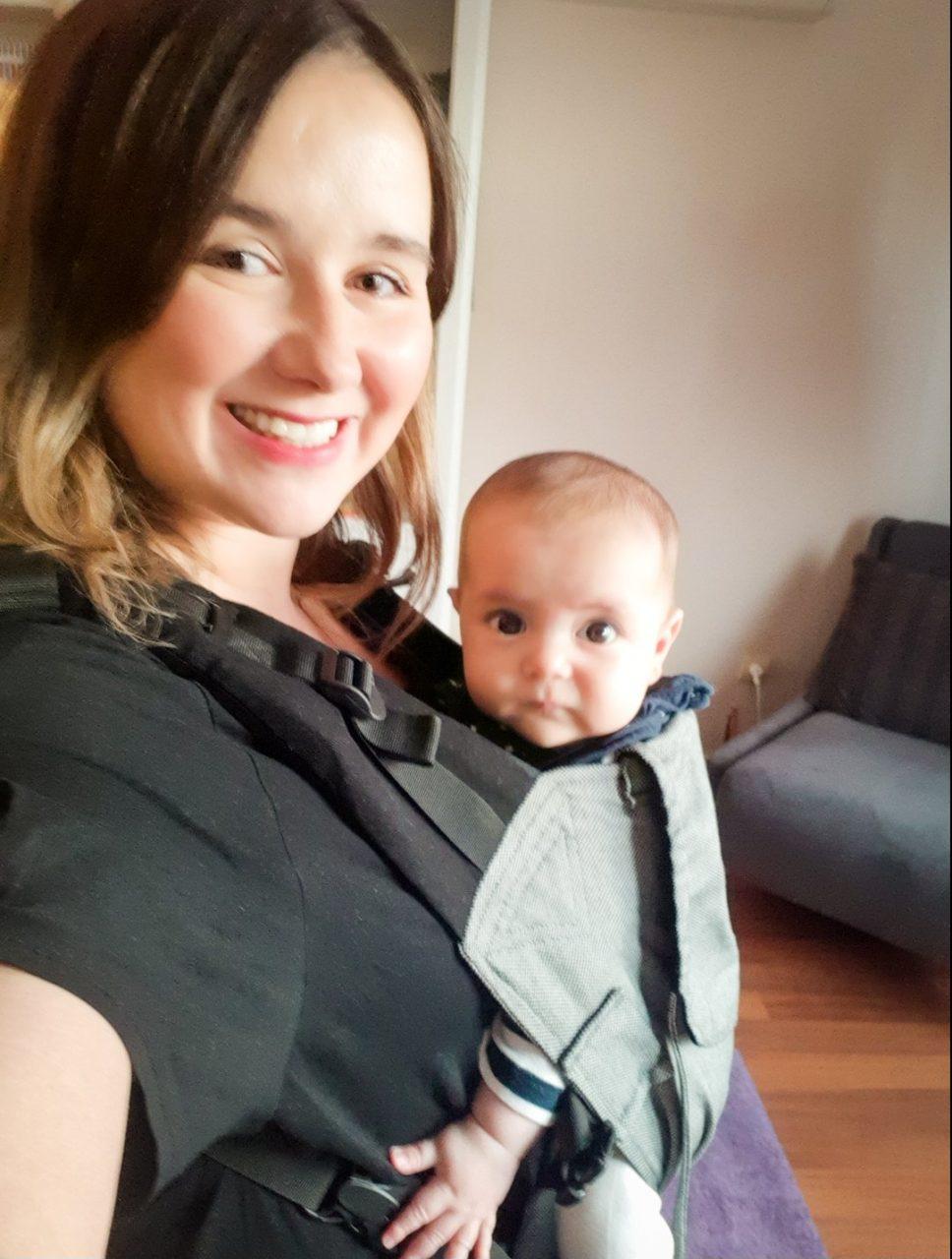 MissBebek Ergonomik Kanguru Annesi - Berna Köse